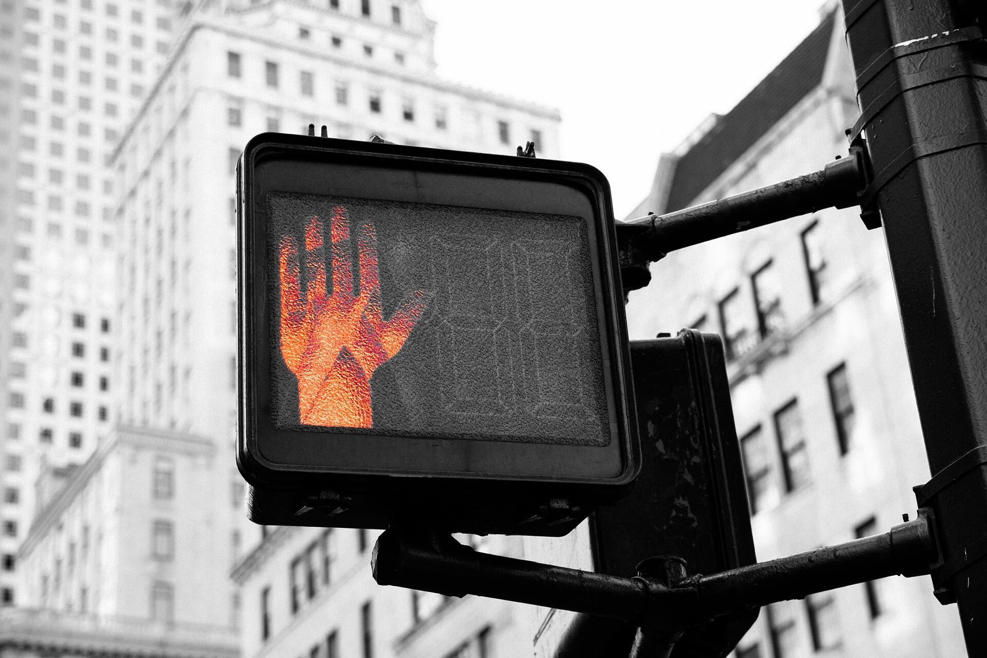 Ein Bogen: Vom Frühwarnsystem im Wahrnehmungsfilter und wie diese wirken, hell hören
